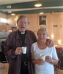Erling Berntsen holdt dagens Gudstjenesste og Anne-Grete var med som organist